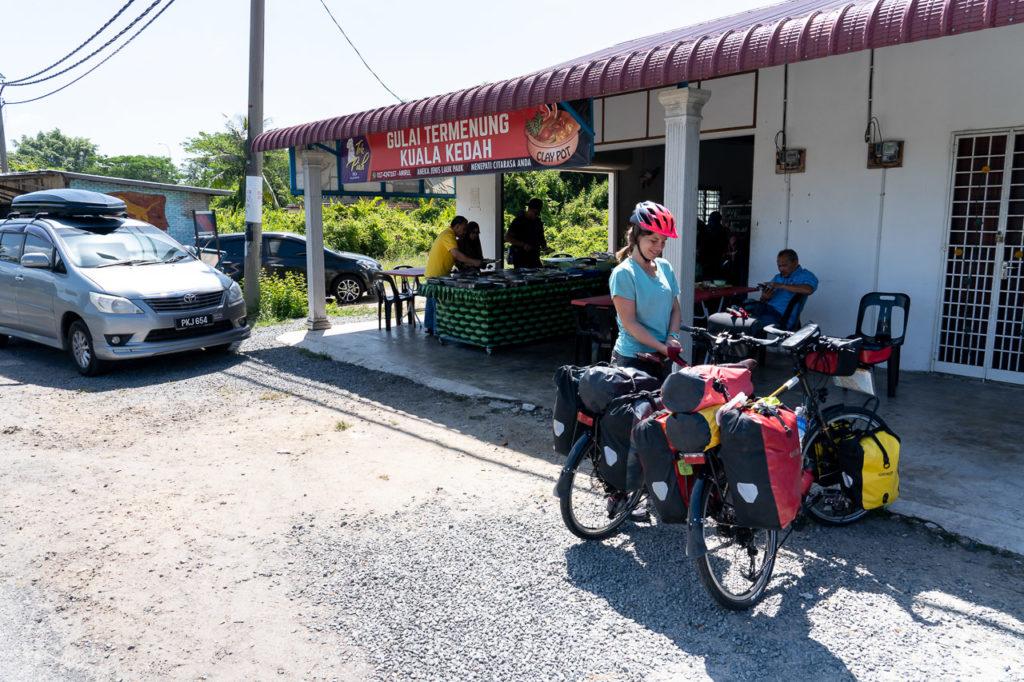 Johanna at Gulai Temenung Tok Piah Claypot, Kuala Kedah