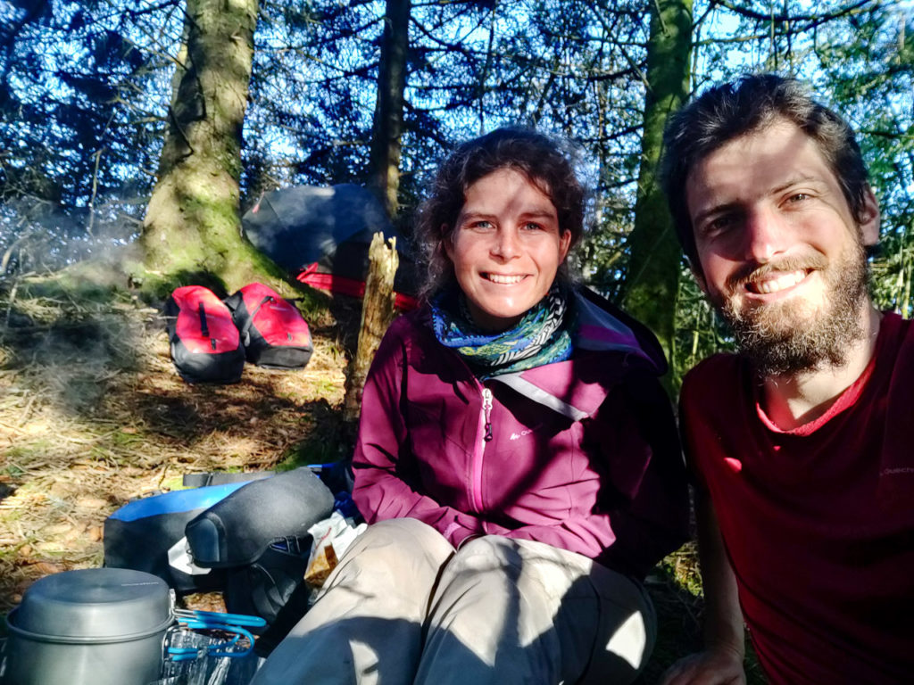 Johanna & Armand at our wild camping spot along the Klesvatnet in Sletta