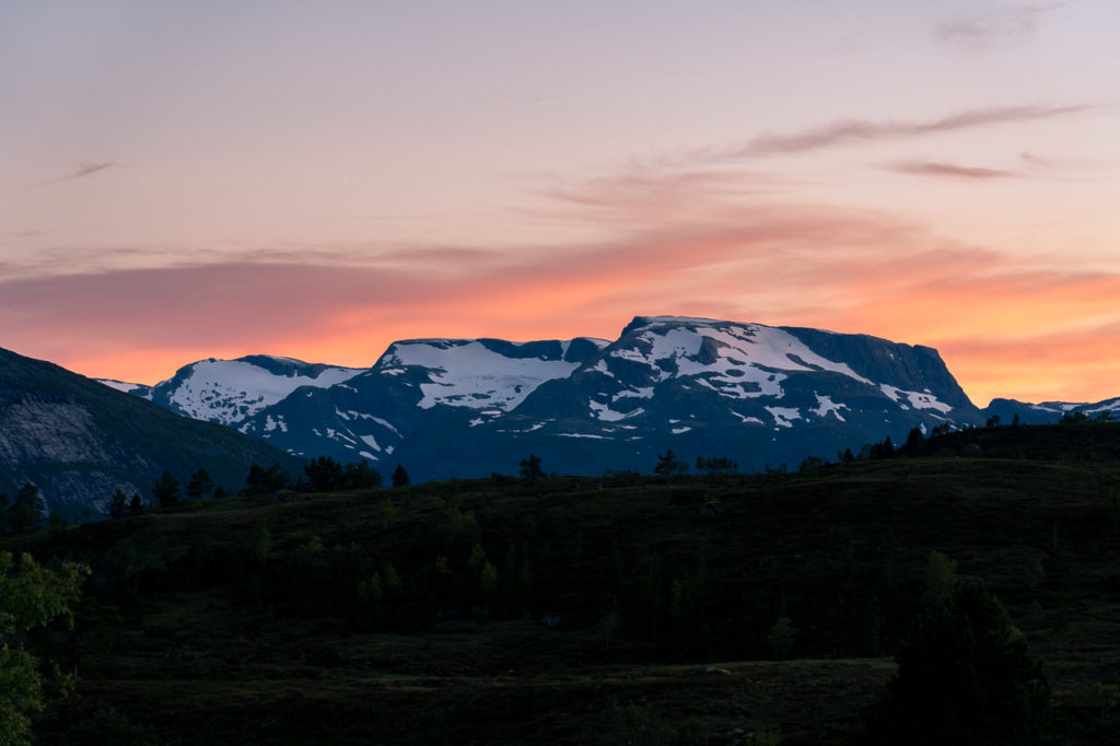 Sunset over Botnafjellet seen from our wild camping spot on Utvikfjellet
