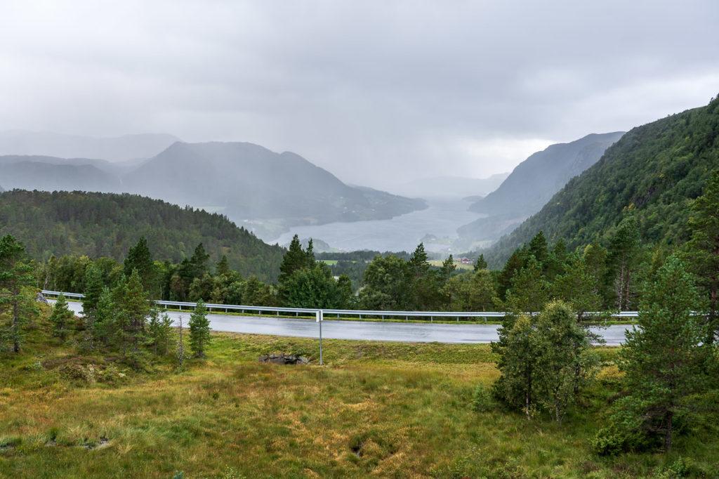Fylkesvei 364 & Torsetsundet seen from Brekka