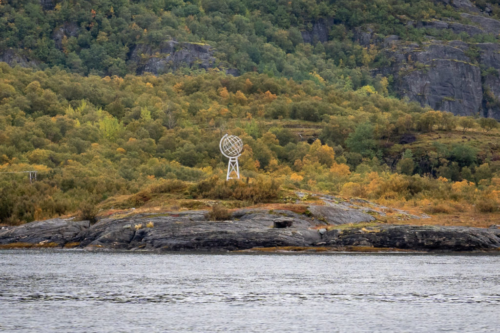 Arctic Circle monument seen from the ferry Kilboghamn-Jektvik