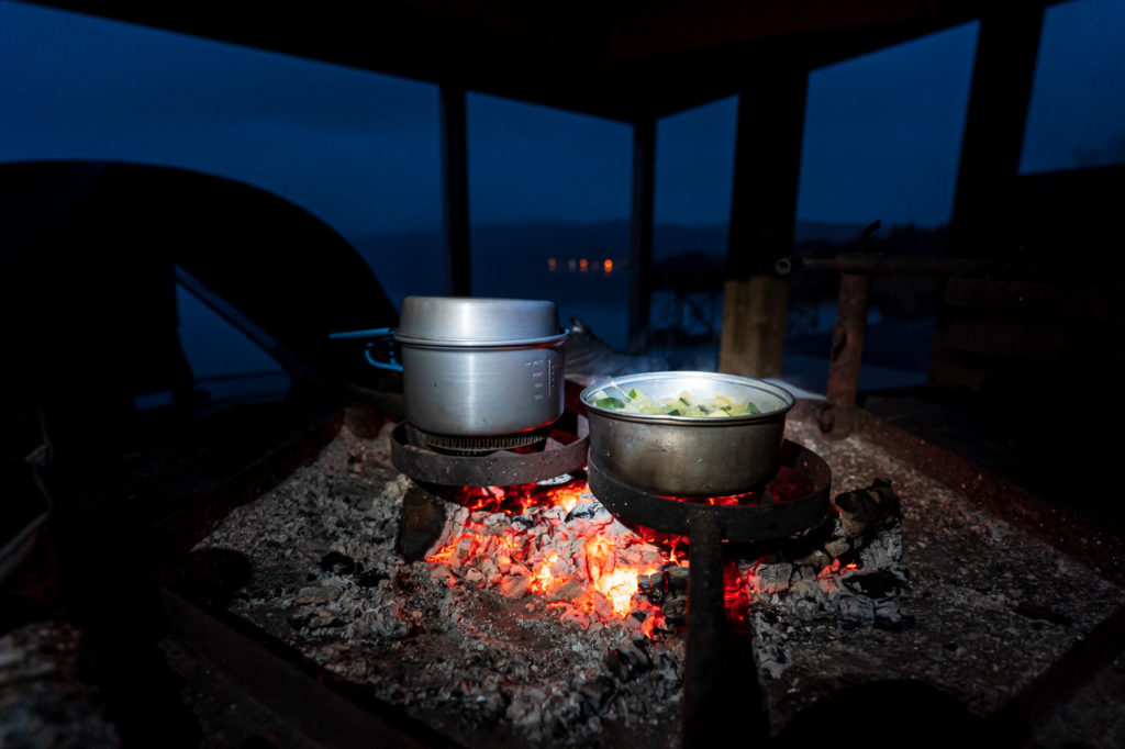 Cooking at Storvika gapahuk